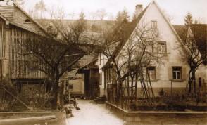 143-Hofanlage-Maurer-Friedrichstr-1928-gegenüber-Kirche
