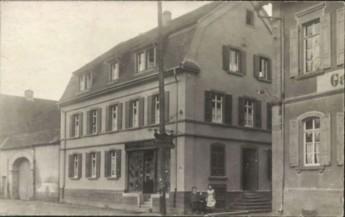 701-Schlosser-Kirsch